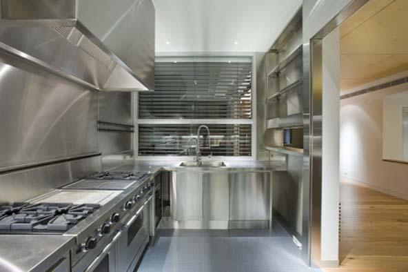 mutfak-tezgahinin-arkasi-icin-paslanmaz-celik-yontemi-5