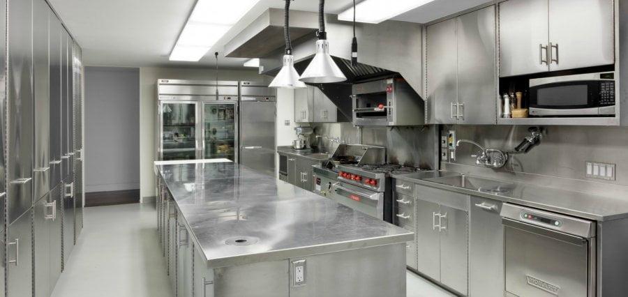 mutfak-tezgahinin-arkasi-icin-paslanmaz-celik-yontemi-7