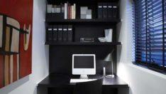 Küçük Bir Daire İçin Küçük Bir Ev-Ofis Fikri