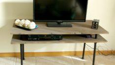 Kendi TV Standınızı Yapın – Kırsal ve Modern Görünüşü Bir Araya Getirin