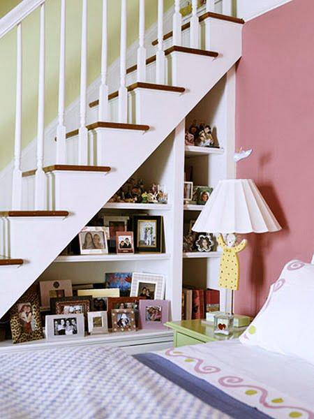 yatak-odasi-merdiven-alti-kullanimi-3