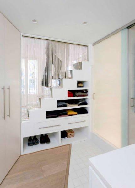 yatak-odasi-merdiven-alti-kullanimi-4