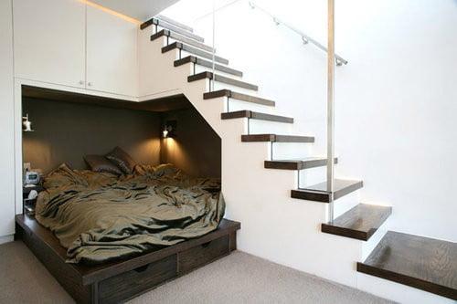 yatak-odasi-merdiven-alti-kullanimi-6