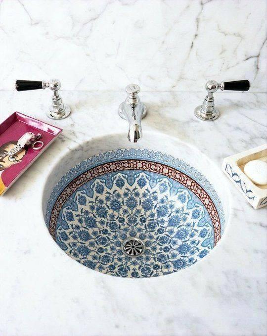 banyonuzdaki-siklik-icin-mozaik-lavabo-tasarimlari-5