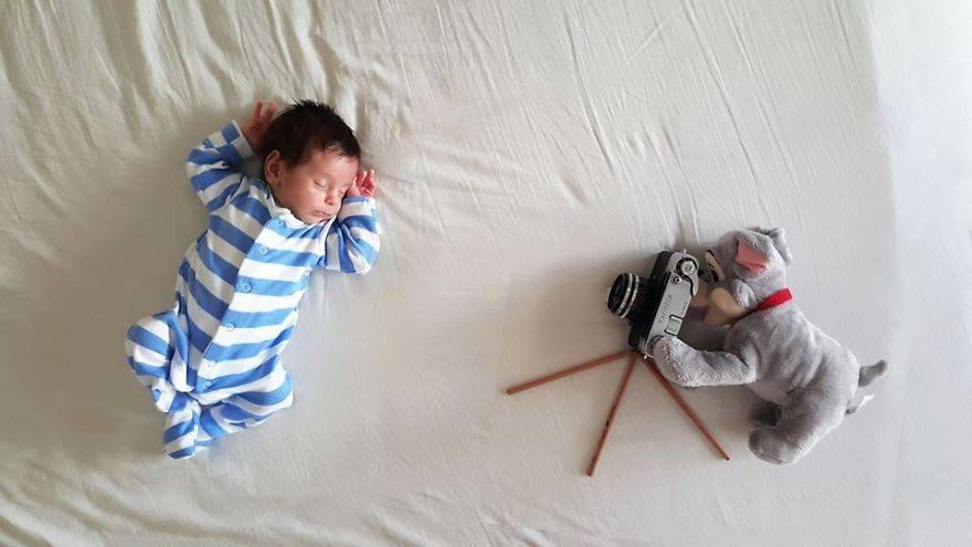 annesinin-minik-bebegi-icin-yaptigi-sirin-mi-sirin-fotograf-cekimi-4