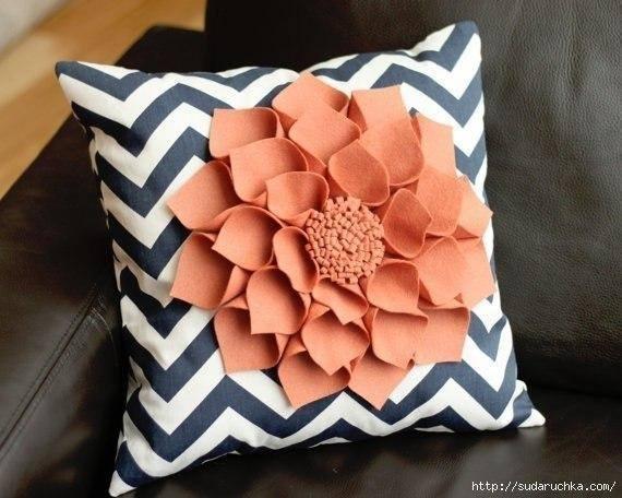 kece-ile-ortaya-cikan-dekoratif-yastiklar-10