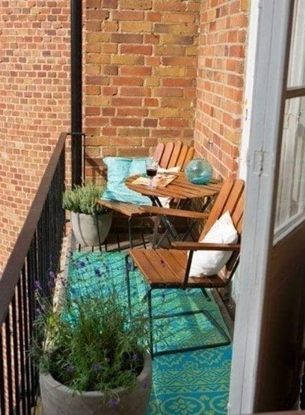 kucuk-balkonlar-icin-farkli-secimler-3