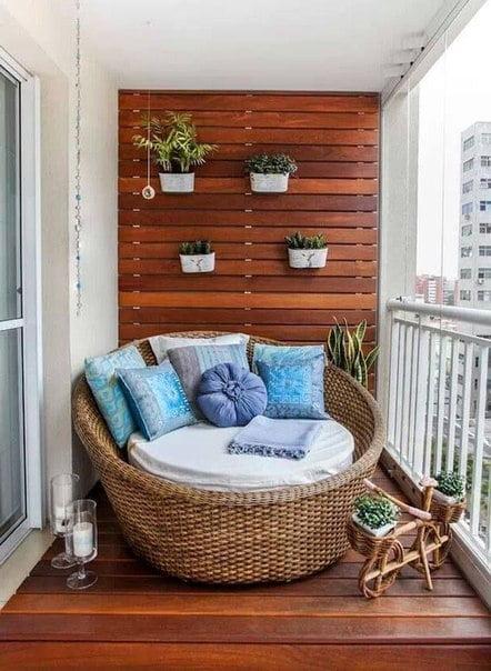 kucuk-sevimli-balkon-tasarimlari-10