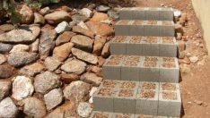 10 Zekice Kendin Yap ile Kaçırmak İstemeyeceğiniz Merdiven Tasarımı