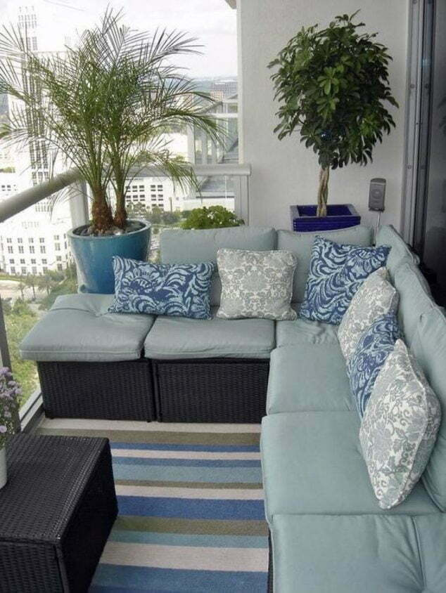 Cati kati bahce balkon dekorasyonu 7 ev d zenleme for Apartment balcony floor covering