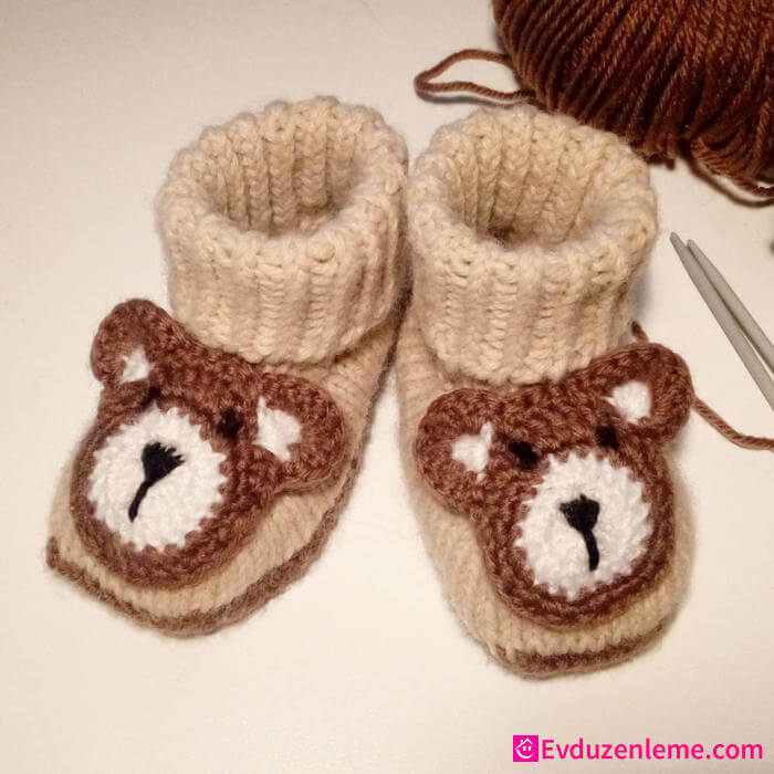 Baby Boy Knit Booties Models