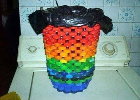 plastik-kapaklarla-yapabileceginiz-harika-fikirler-1
