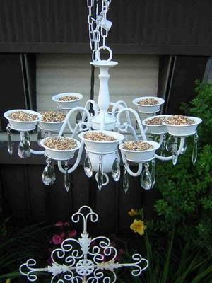 20 Bird Feeder Idea, # 6 Absolutely All Birds Will Attract Your Garden