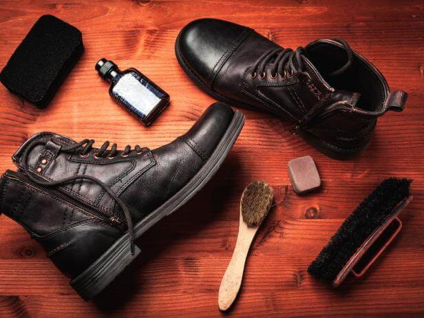 Deri Ayakkabılar ve Botlar Nasıl Temizlenir?