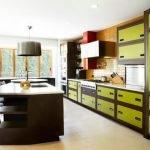24-Geniş ve Konforlu Bir Mutfak